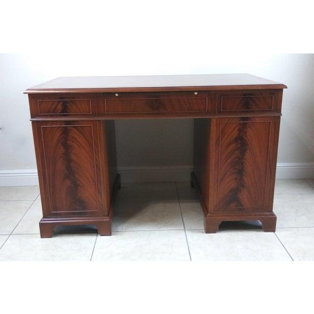 Vintage Sligh Lowry Leather Top Knee Hole Desk Image 6 Of 11