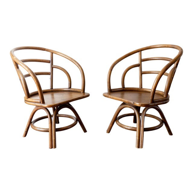 1960s Boho Chic Brown Jordan Rattan Swivel Chairs - a Pair For Sale
