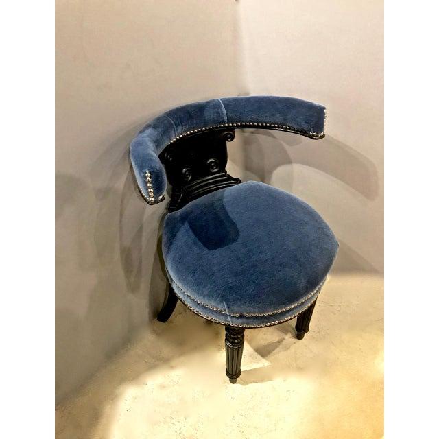 Anglo-Indian Anglo-Raj (English) Cockfighting Chair. C. 1830-40 For Sale - Image 3 of 9