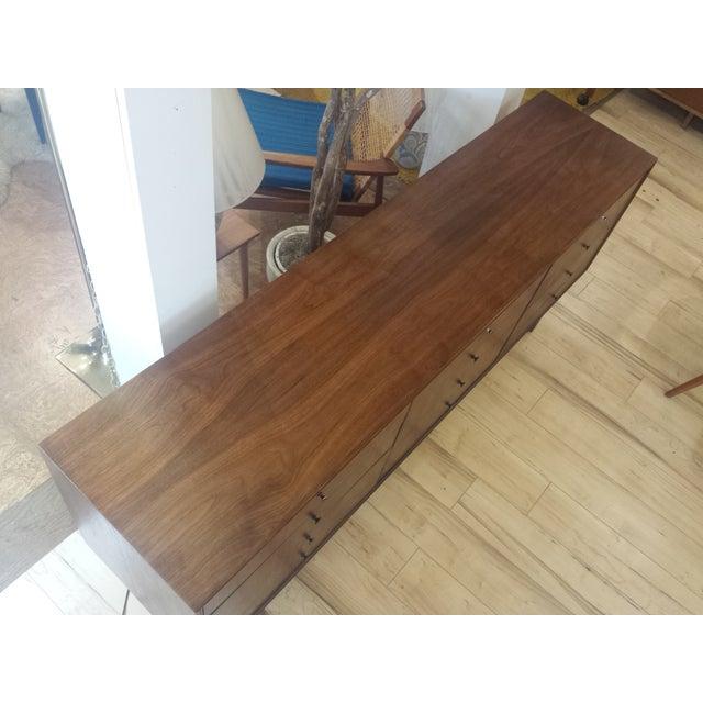 Mid Century Walnut 12-Drawer Dresser / Credenza - Image 6 of 9
