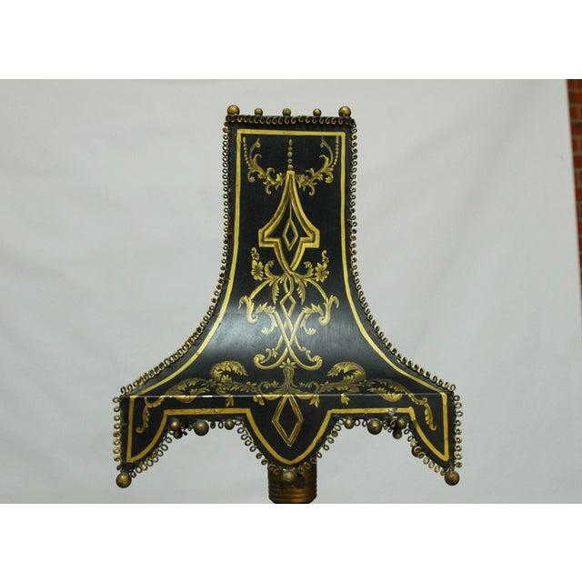 Hollywood Regency James Mont Carved Helix Lamp for Frederick Cooper For Sale - Image 3 of 8