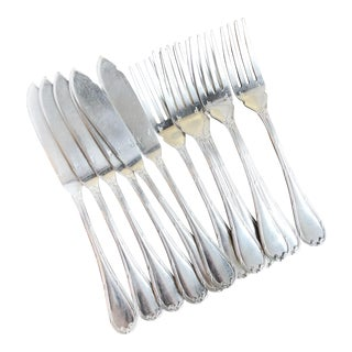 1910s Christofle Silver Fish Flatware Set From Plaza Athenee Hotel Paris - Set of 12 For Sale
