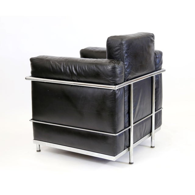 Animal Skin Vintage Le Corbusier Style Black Leather Club Chair From Jfk Concorde Room For Sale - Image 7 of 11