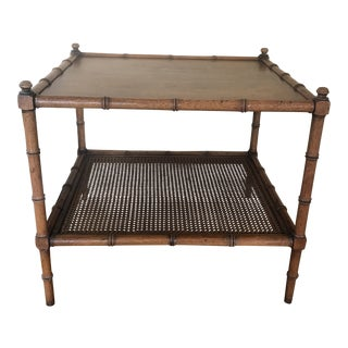 1960s Chinoiserie Henredon Faux Bamboo Cane Side Table For Sale