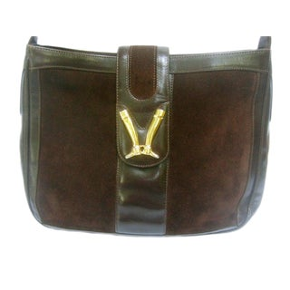 1970s Gucci Italy Chocolate Brown Suede Equestrian Emblem Shoulder Bag For Sale