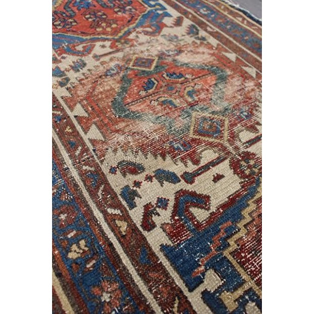 """Antique Persian Rug - 2'9"""" x 4'5"""" - Image 5 of 9"""