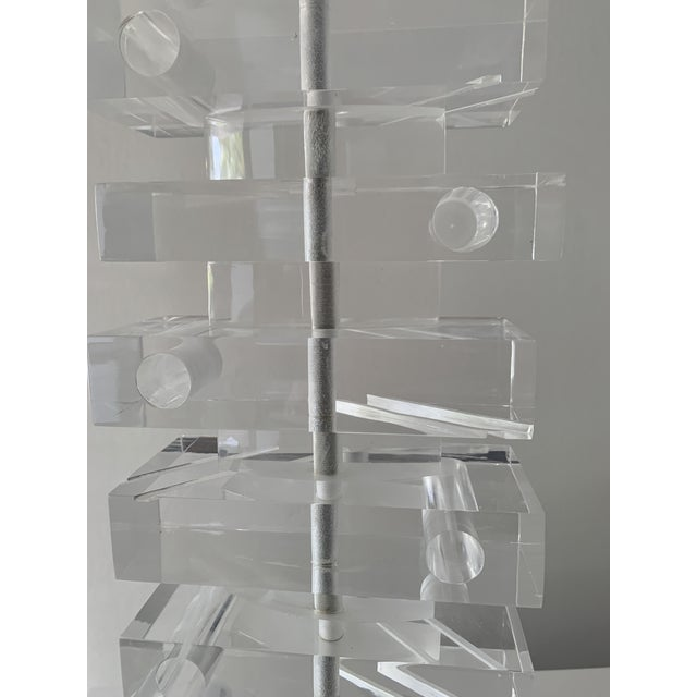 Mid-Century Modern 1970's Lucite Stacked Lamp For Sale - Image 3 of 13