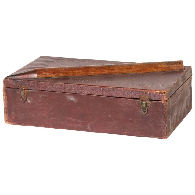 Crayon Leather Box From England Circa 1900 For Sale
