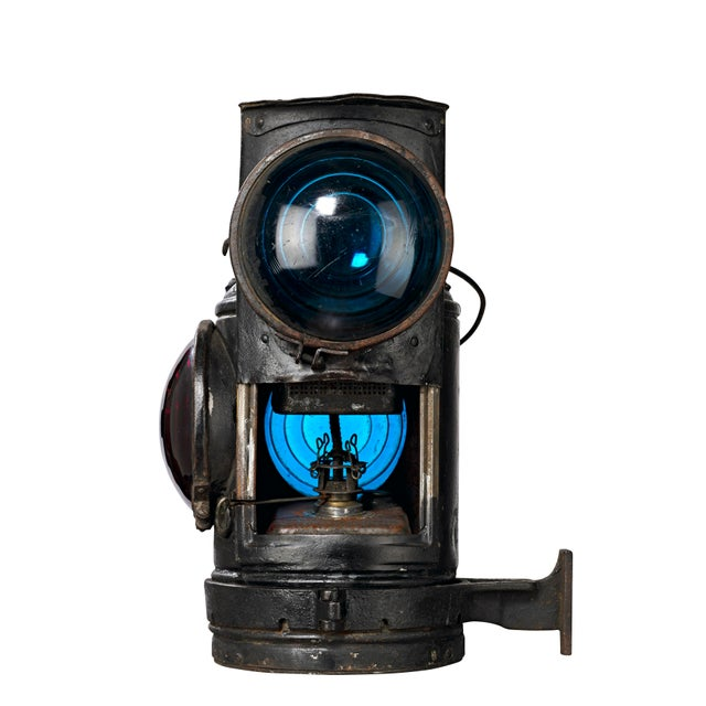 Three Lens Adlake Railroad Switching Lantern/Light For Sale In Los Angeles - Image 6 of 12