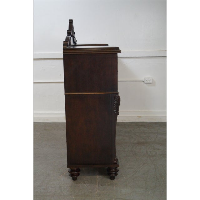 Traditional Stanley Classical Style Mahogany Sideboard For Sale - Image 3 of 10