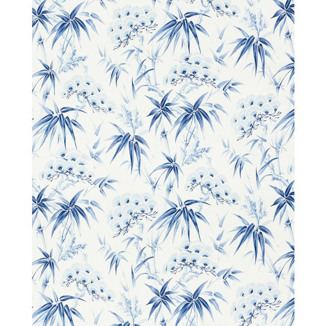 Schumacher Arita Floral Wallpaper In Porcelain