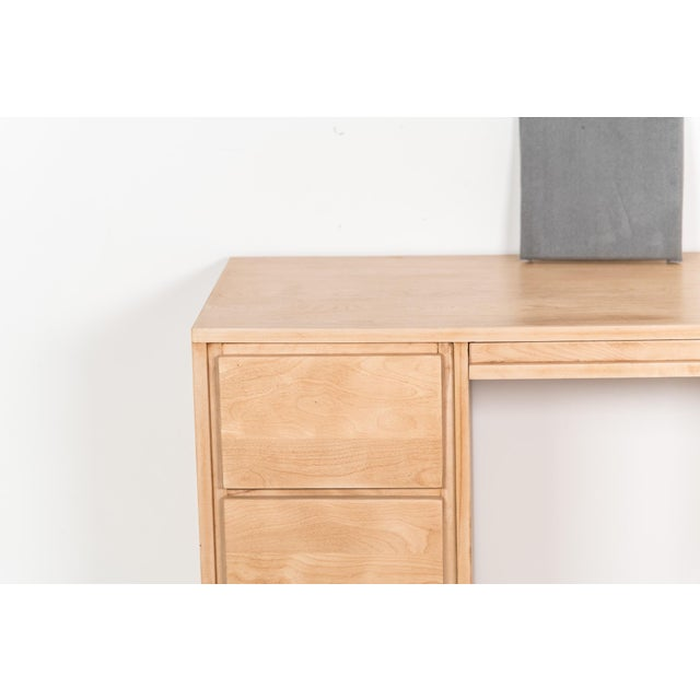 Brown 1940s Mid-Century Modern Russel Wright for Conant Ball Maple Partner Desk For Sale - Image 8 of 10