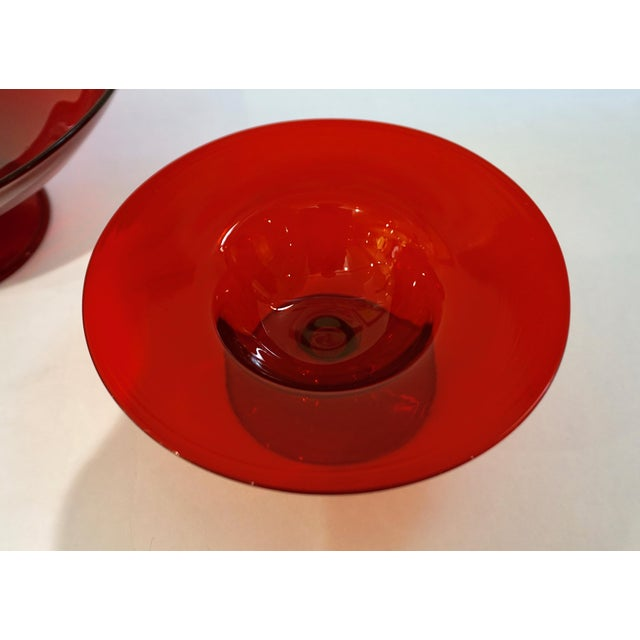 1940s Salviati 1940s Italian Antique Ruby Red Blown Murano Glass Compote Bowls - a Pair For Sale - Image 5 of 10