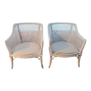 A Pair of White Large Vintage Cane Faux Bamboo Palm Beach Regency Club Side Chairs For Sale