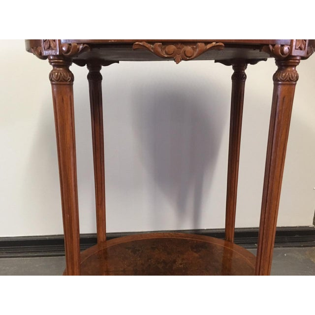 1900s French Oval Side Table With Marble Top For Sale In Minneapolis - Image 6 of 13