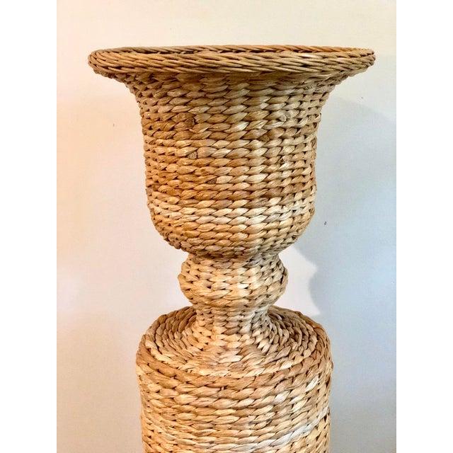 Hollywood Regency Vintage Rattan Urn Shaped Pedestal Plant Stand For Sale - Image 3 of 9