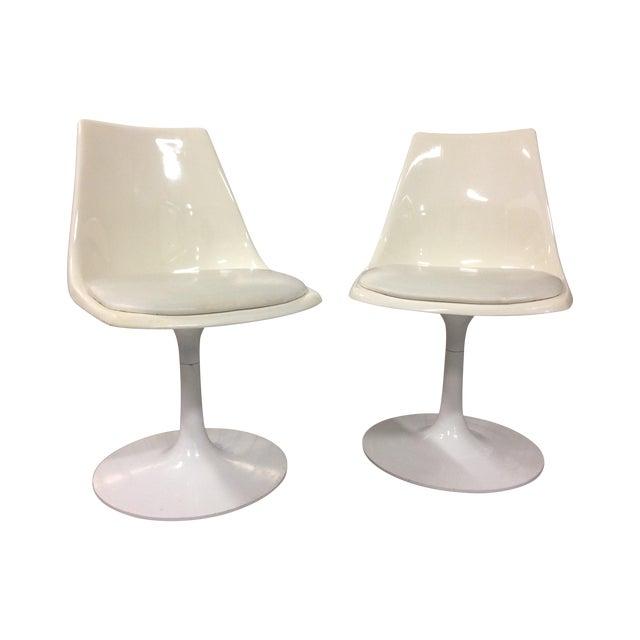 Mid-Century Modern Krueger Tulip Chairs - Pair For Sale