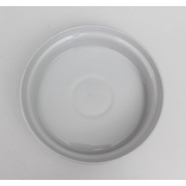 Lagardo Tackett Lagardo Tackett Schmid Small Casserole Dish Porcelain Mid Century Modern Green White For Sale - Image 4 of 7