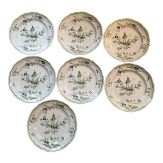 Vintage French Longchamp Moustiers Dinner Plates - Set of 7 For Sale