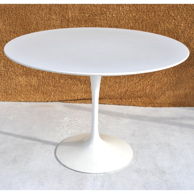Early 21st Century Set of Four Contemporary Knoll Eero Saarinen 72c-Piece Dining Side Chairs For Sale - Image 5 of 13