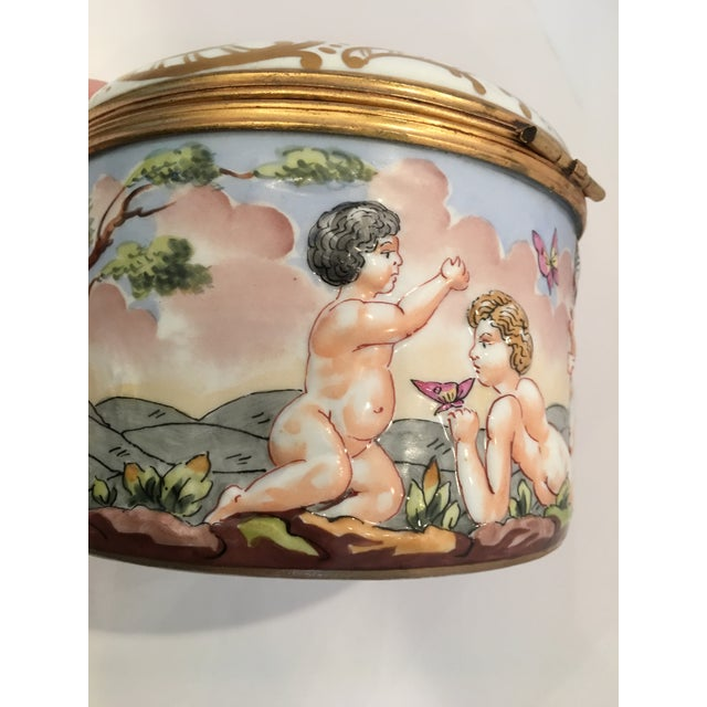 French Wine Grape Capodimonte Box - Image 10 of 11