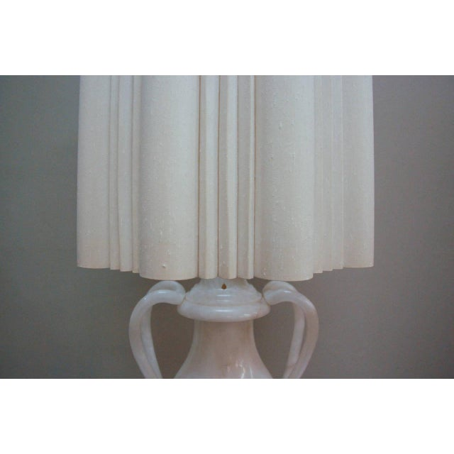 1950s Circa 1950 Hand-Carved Italian Hollywood Regency Alabaster Lamp For Sale - Image 5 of 11