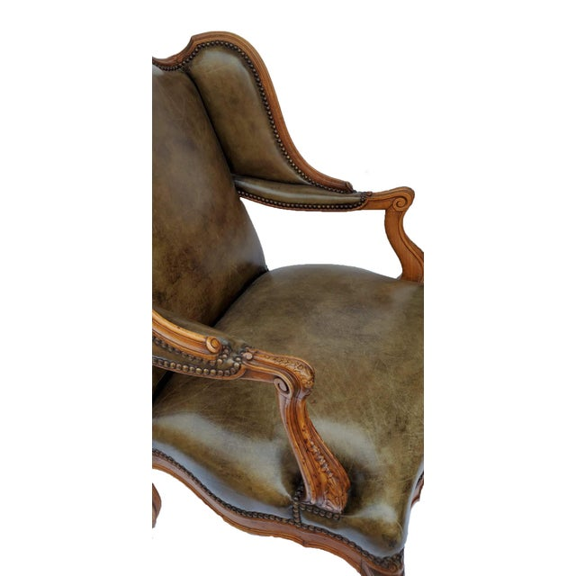 French Bergere a Les Orvilles in Louis XIV Style For Sale - Image 4 of 7