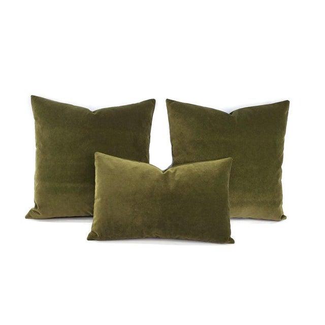 """Kravet Delta Velvet in Loden Green Pillow Cover - 20"""" X 20"""" Solid Moss Green Velvet Cushion Case For Sale In Portland, OR - Image 6 of 7"""