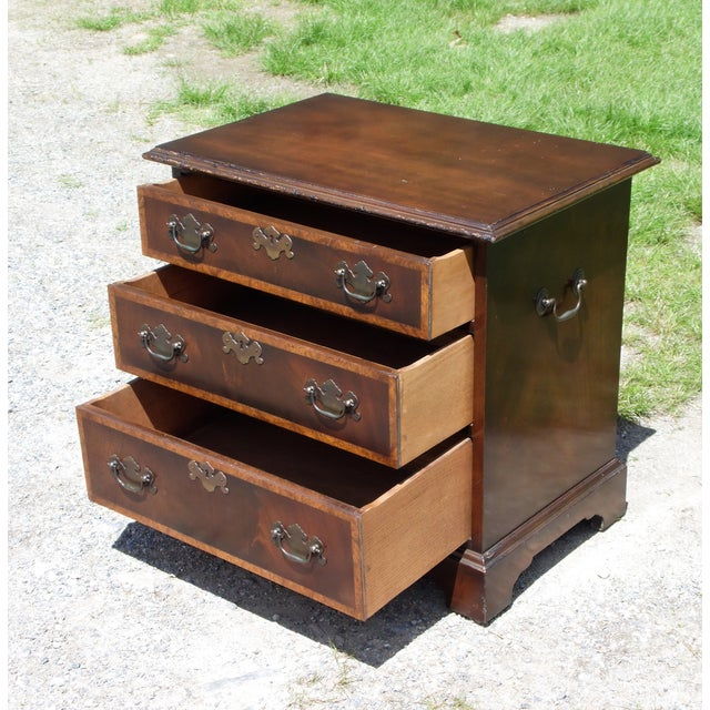 1940s Vintage English Provincial Style Mahogany Banded Chest End Table Night Stand For Sale - Image 5 of 13
