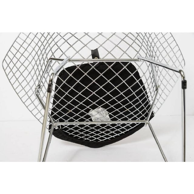 "Metal Bertoria ""Diamond Chair"" in Polished Chrome With Black Upholstery For Sale - Image 7 of 11"