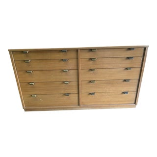 1950s Drexel Mid Century 10 Drawer Dresser For Sale