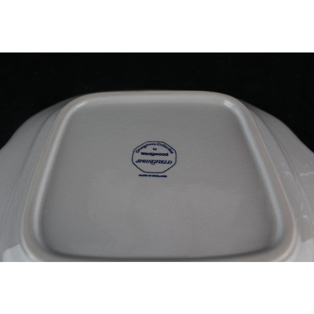 English Traditional Vintage Mid-Century Wedgwood Platter For Sale - Image 3 of 6
