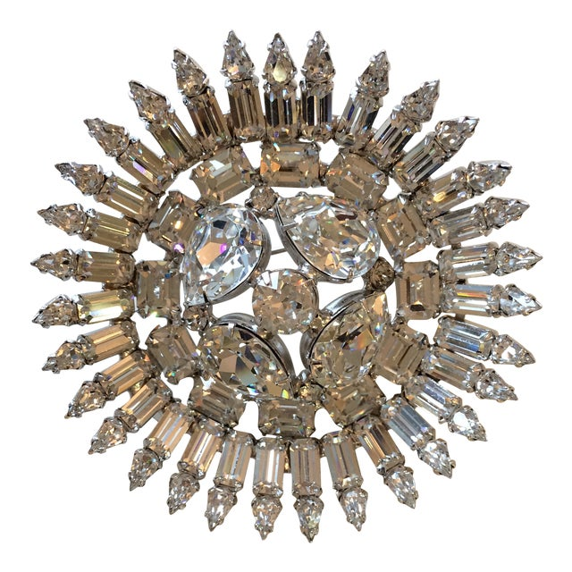 Early 50's Stunning Weiss Center Diamond Cut Domed Center Crystal Brooch For Sale