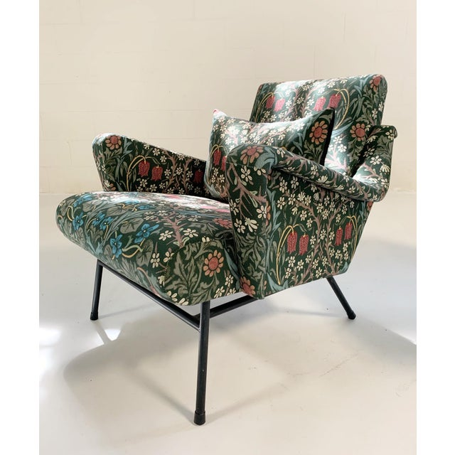C. 1955 French Lounge Chairs in William Morris Blackthorn, Pair For Sale - Image 4 of 12