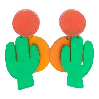 Harriet Bauknight for Kaso Dangle Lucite Clip Earrings Orange Green Cactus & Sun For Sale