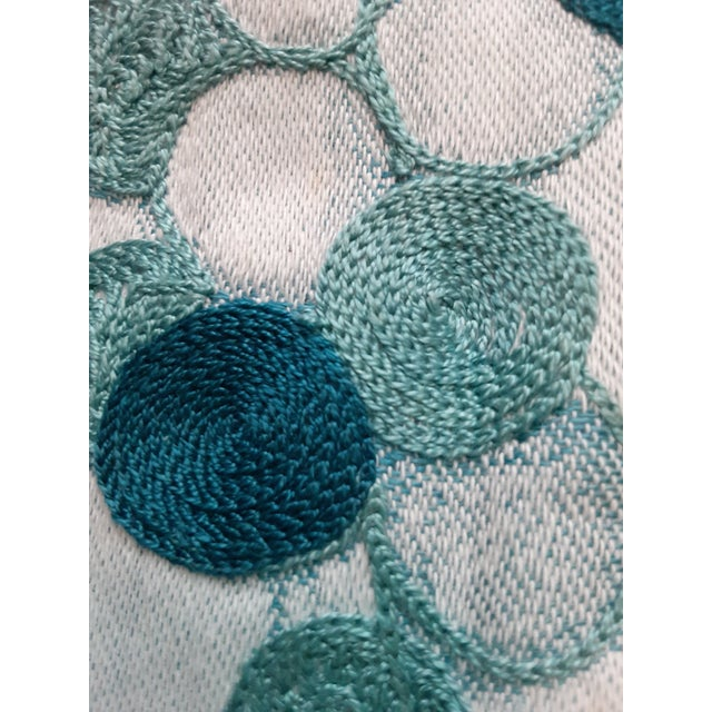 1980s Shabby Chic Green Grape Hand Embroidered Gorgeous Linen Towel For Sale In Miami - Image 6 of 8