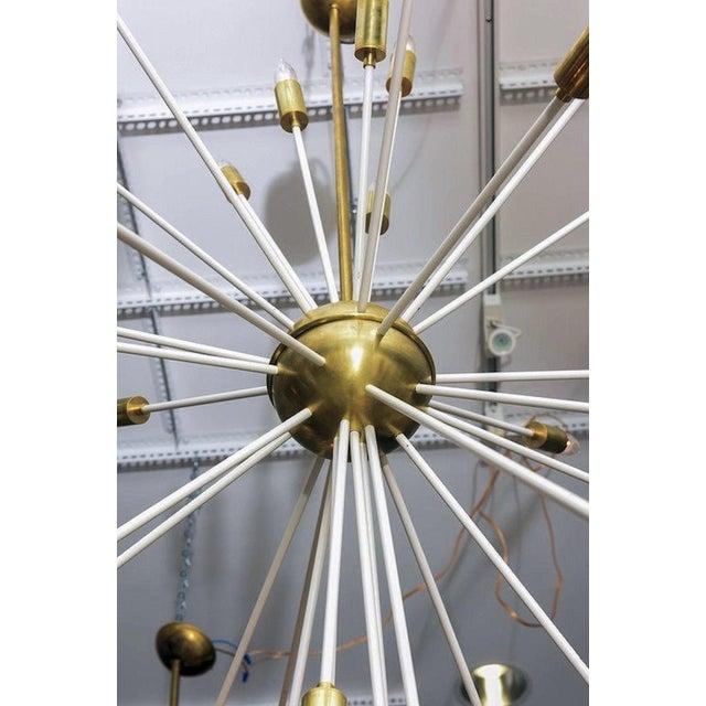 Mid Century Modern Extra Large Enamel/Brass Sputnik 33 Lights Chandelier For Sale In Dallas - Image 6 of 7