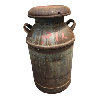 Vintage Rustic Metal 10 Gallon Milk Can