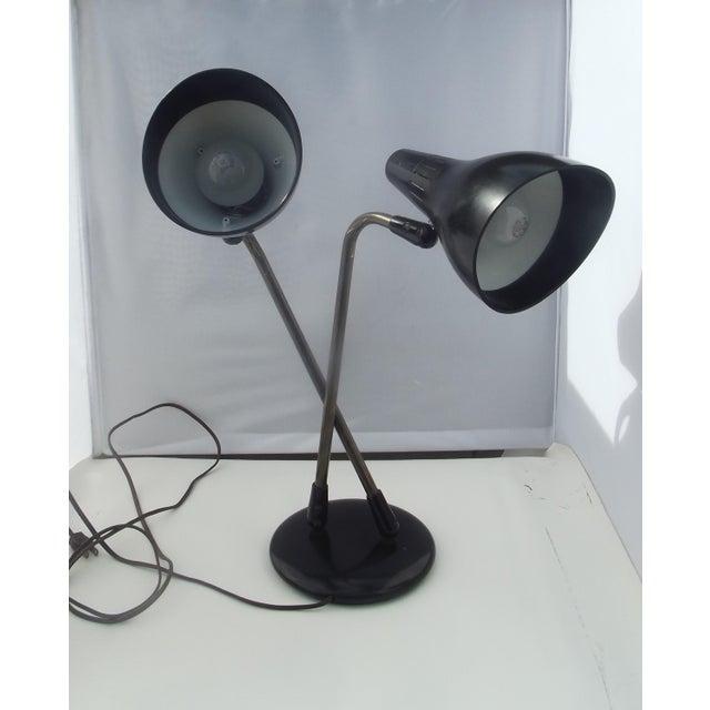 Metal Mid 20th Century Gerald Thurston 1950's Lightolier Dual Head Desk Lamp For Sale - Image 7 of 11