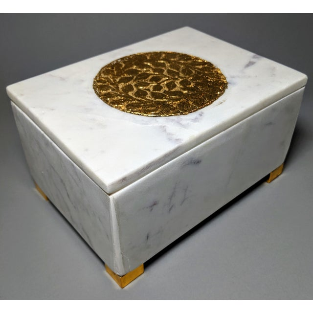 White Gold and White Decorative Box For Sale - Image 8 of 13