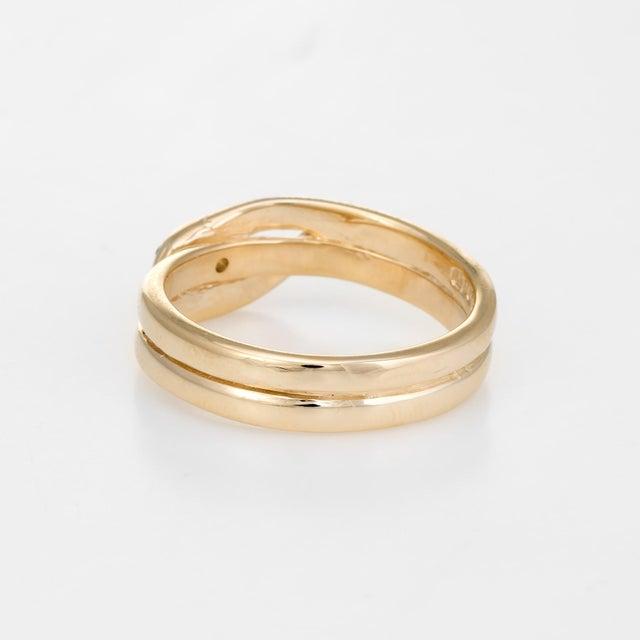 Mid 20th Century Vintage Snake Ring 9 Karat Yellow Gold Diamond Emerald Alternative Wedding Band For Sale - Image 5 of 8