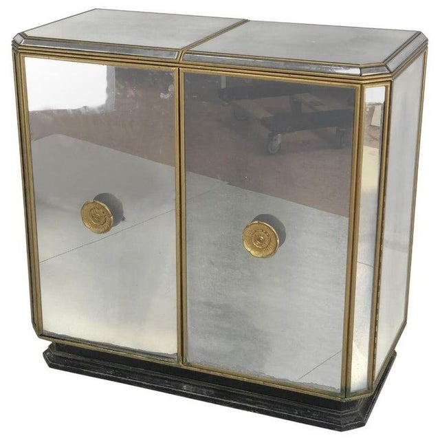 Hollywood Regency Midcentury Antiqued Mirrored Two-Door Bar or Serving Cabinet For Sale - Image 13 of 13