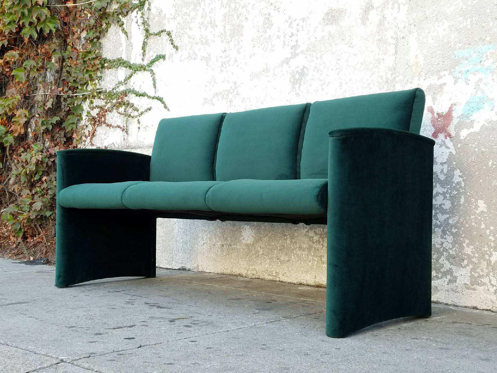 Etonnant Dark Green Velvet Sofa Bench   Image 2 Of 5