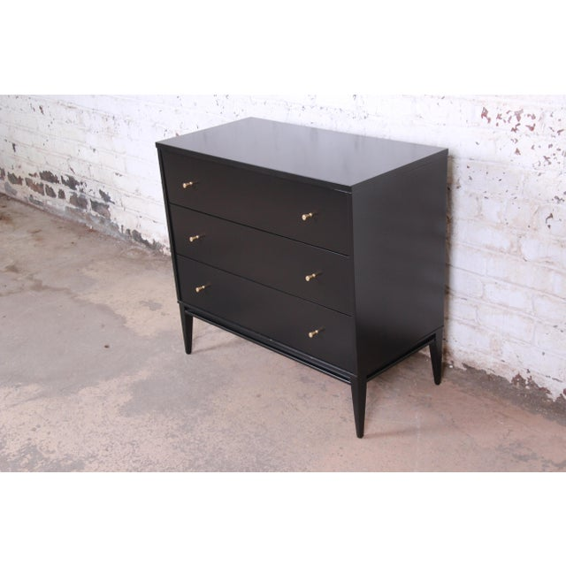 Contemporary Paul McCobb Planner Group Black Lacquered Three-Drawer Bachelor Chest, Newly Restored For Sale - Image 3 of 13