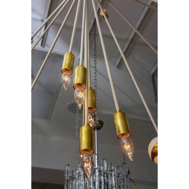 Stilnovo Mid Century Modern Extra Large Enamel/Brass Sputnik 33 Lights Chandelier For Sale - Image 4 of 7