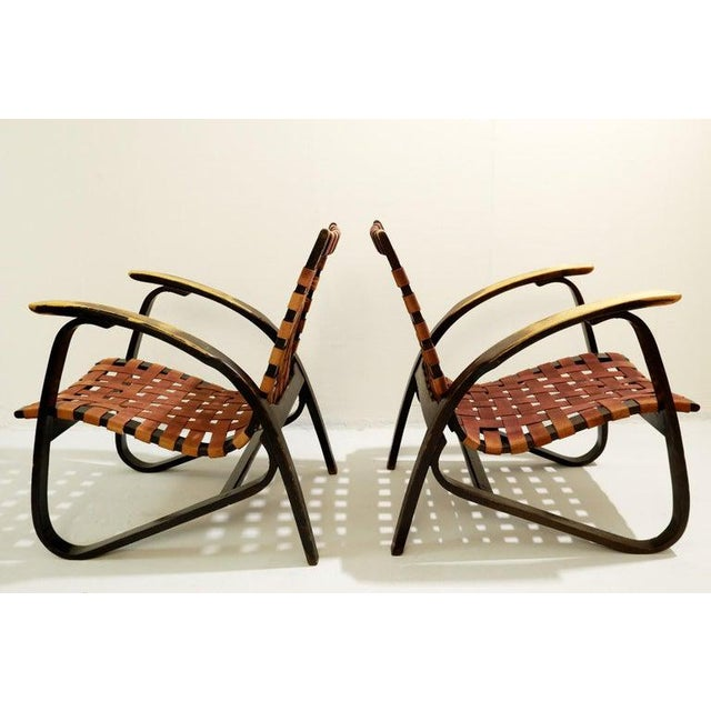 Wood Pair of Bentwood Armchairs by Jan Vanek for Up Závody, 1930s For Sale - Image 7 of 8