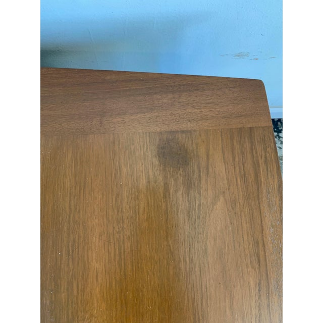 """Mid 20th Century Mid-Century Modern Side Tables Carved """"Spade"""" Fruit - Pair For Sale - Image 5 of 8"""