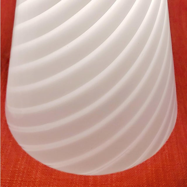 1980s 1980s Vintage Conical Vetri Murano Lamps With Diagonal Latticino Stripes- a Pair For Sale - Image 5 of 9