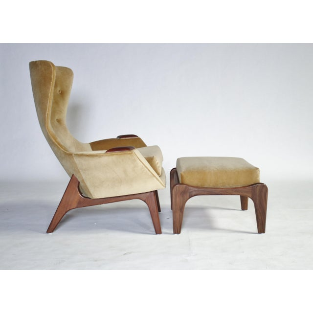 Adrian Pearsall Wing Chair for Craft Associates Model 2231-C and Ottoman For Sale - Image 11 of 11