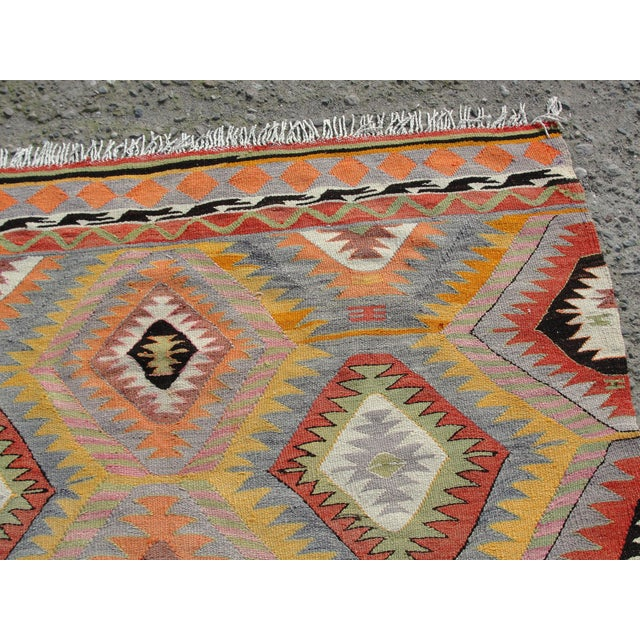 Vintage Turkish Kilim Rug - 5′5″ × 7′10 For Sale - Image 4 of 11